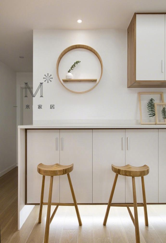 清新的家:白色,木元素、绿植,装饰画