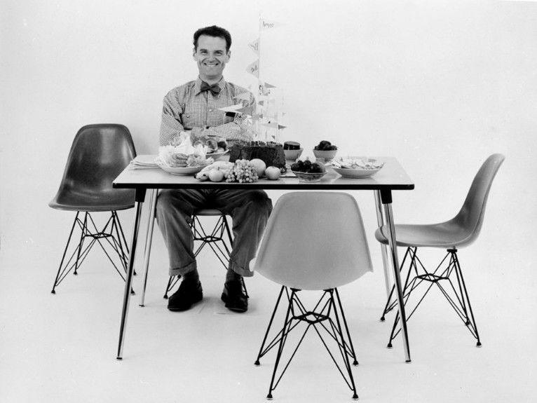 埃姆斯塑料椅子 ——装饰现代房屋的标志性椅子背后的故事